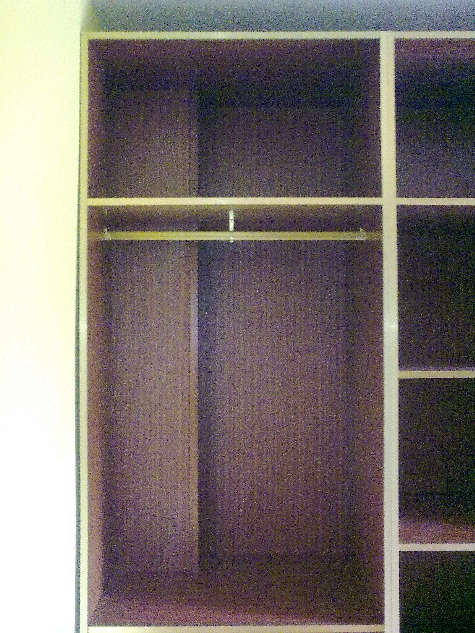 Puertas de interior clasicas armarios de madera puertas for Puertas madera economicas