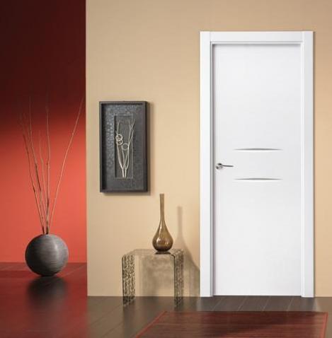 Puerta lacada 2 fresados horizontal solo 180 euros for Puertas blancas economicas